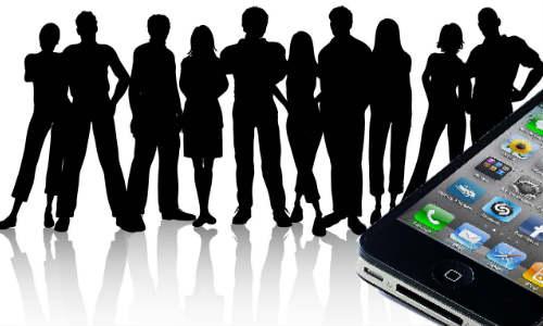 क्या भारतीय उपभोक्ताओं को लुभा पाएगा नया आईफोन 4 एस