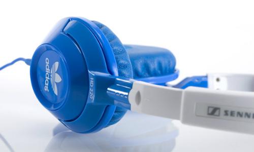 सेनहाइसर और एडीडास ने पेश किए नए कूल लुक हेडफोन