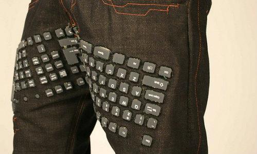 जींस में है कीबोर्ड, माउस और स्पीकर की सुविधा