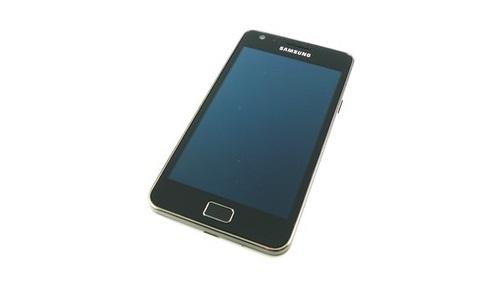 सैमसंग अभी नहीं लांच करेगा गैलेक्सी एसIII स्मार्टफोन
