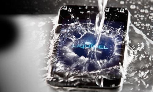 वॉटरप्रूफ तकनीक से लैस होंगे आईफोन5 और गैलेक्सी एस3