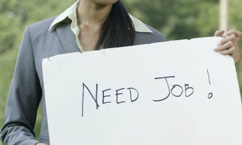 सावधान: कभी भी जा सकती है आपकी नौकरी