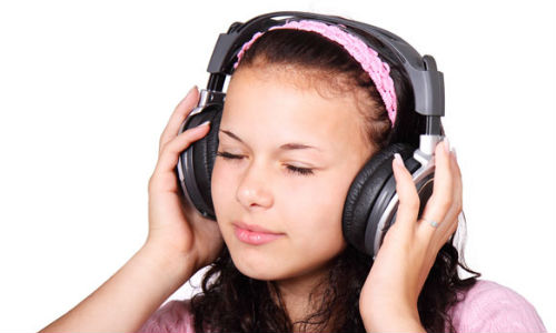यहां सुनें फ्री ऑनलाइन म्यूजिक