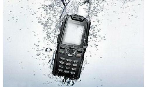 टॉप 5 स्टाइलिश एंड्रॉएड वॉटरप्रूफ स्मार्टफोन