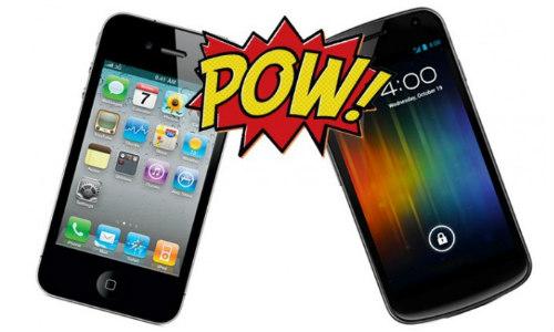 5 कारण गैलेक्सी नेक्सस क्यों बेहतर है आईफोन 4एस से