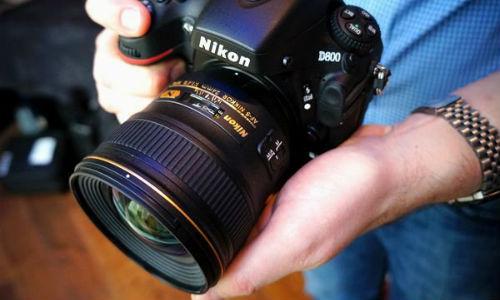 कैसे खरीदें डीएसएलआर कैमरा ?