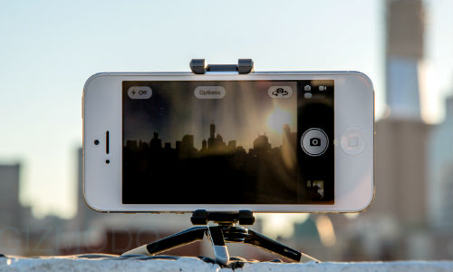 डिजिटल कैमरे से कम नहीं है आईफोन 5 में दिया गया कैमरा