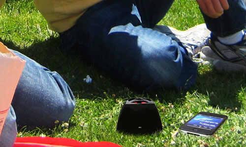 टैबलेट और स्मार्टफोन के लिए टॉप 5 ब्लूटूथ स्पीकर