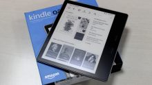 Amazon Kindle Oasis : First Impression (Hindi)