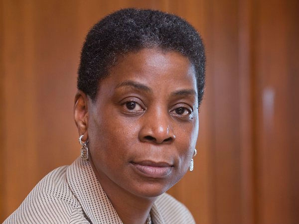 उरसुला बर्न (Ursula Burns)