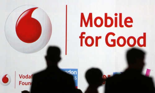 भारत में वोडाफोन की आय में 10.6 फीसदी का मुनाफा हुआ