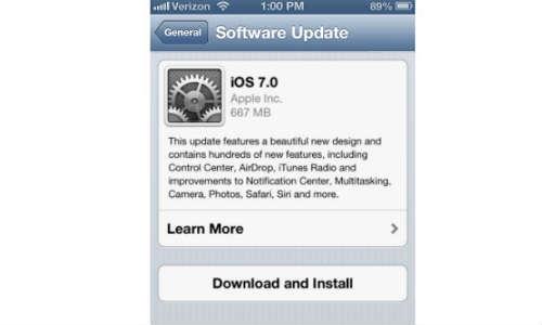 एप्पल ने लांच किया नया आईओएस 7, जानें क्या खास है नए ओएस में