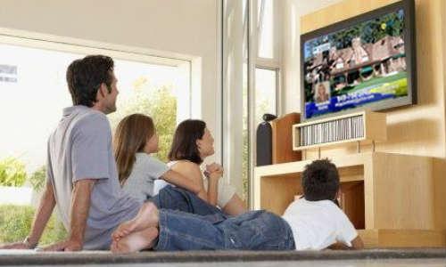 डिजिटल युग में टीवी अभी भी है सबसे पॉपुलर