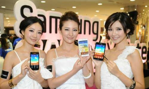 एक अरब लोगों ने खरीदे स्मार्टफोन, सैमसंग रहा नंबर वन