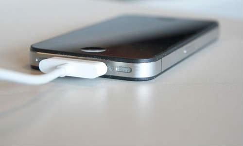 चीनी से चार्ज होगी स्मार्ट फोन बैटरी!