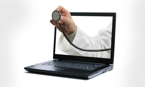 इंटरनेट बनता जा रहा है डॉक्टर
