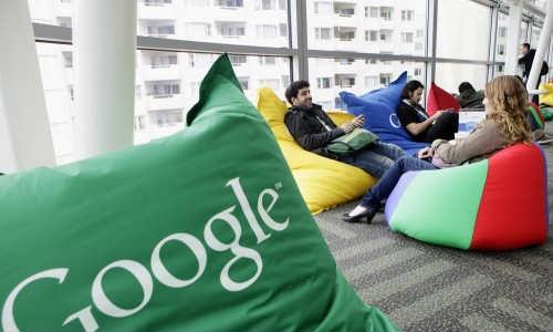 एपल को पछाड़ कर गूगल बना दुनिया का टॉप ब्रांड