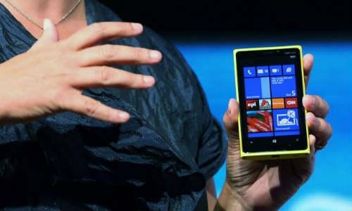 माइक्रोसॉफ्ट 11,861 रुपए से कम कीमत में उतारेगा विंडो स्मार्टफोन