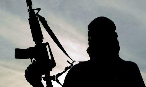 आतंकवादी इंटरनेट से फैला रहे हैं दहशत