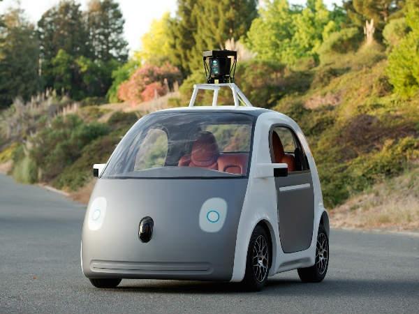गूगल की सेल्फ ड्राइविंग कार, बिना ड्राइवर खुद ब खुद चलेगी ये