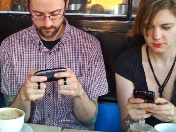 अमेरिकी स्मार्टफोन यूजर विज्ञापनों से परेशान