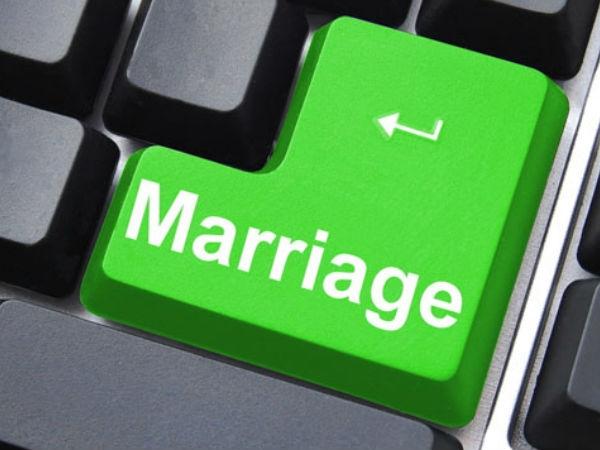 शादी को बर्बादी में न बदल दें फेसबुक