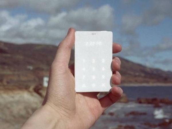 क्रेडिट कार्ड साइज वाला स्मार्टफोन