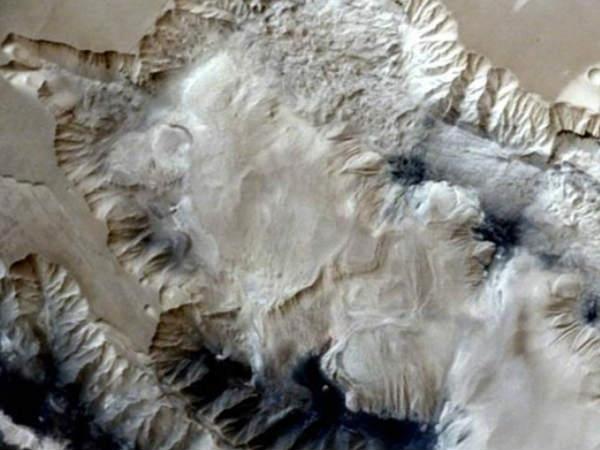 मंगलयान ने मंगल की शानदार 3डी तस्वीरें भेजीं