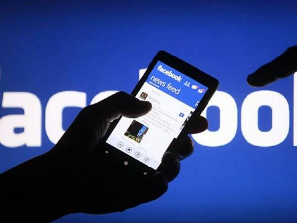 फेसबुक यूजर्स की संख्या पहुंची 1 अरब