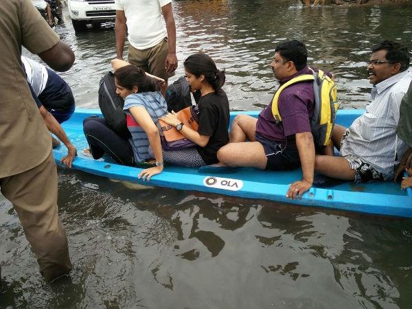 पानी-पानी हुए चेन्नई में लोगों की मदद को ओला ने उतारी नाव..!!