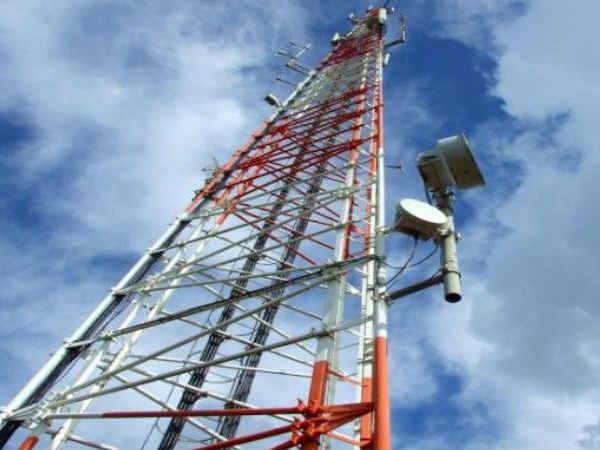 टेलीकॉम कंपनियों ने चैन्नई में मदद के लिए बढ़ाए हाथ
