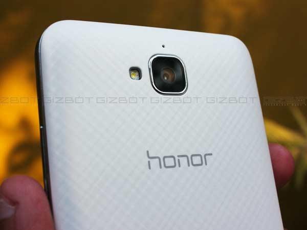 ऑनर होली 2 प्लस या श्याओमी रेड्मी 3: कौन सा बजट स्मार्टफोन है बेस्ट!
