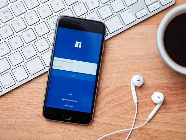 कैसे हाइड करें फेसबुक चैट लास्टसीन