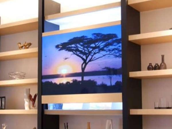 ये है पैनासॉनिक का नया 'इनविजिबल टीवी', देखें इस न दिखने वाले टीवी का कमाल