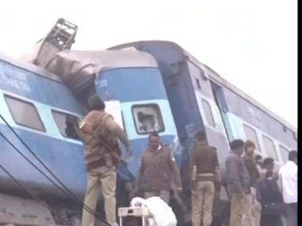 ट्रेन हादसे का शिकार हुए लोगों को डॉक्टर्स के व्हाट्सएप का सहारा