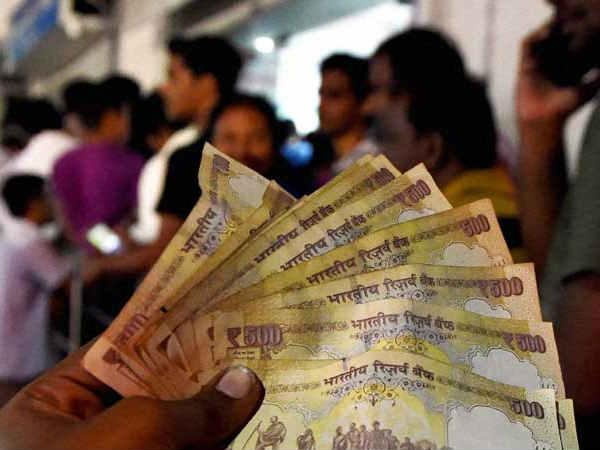 पुराने 500 रुपए पर मिलेगा 600 रुपए का टॉकटाइम!