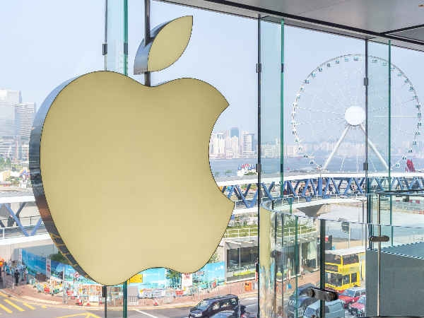 एपल को चाहिए स्पेशल ट्रीटमेंट तब जाकर भारत में बनाएंगे आईफोन