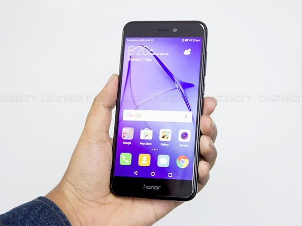 ऑनर 8 लाइट स्मार्टफोन भारत में लॉन्च, कीमत 17,999 रुपए