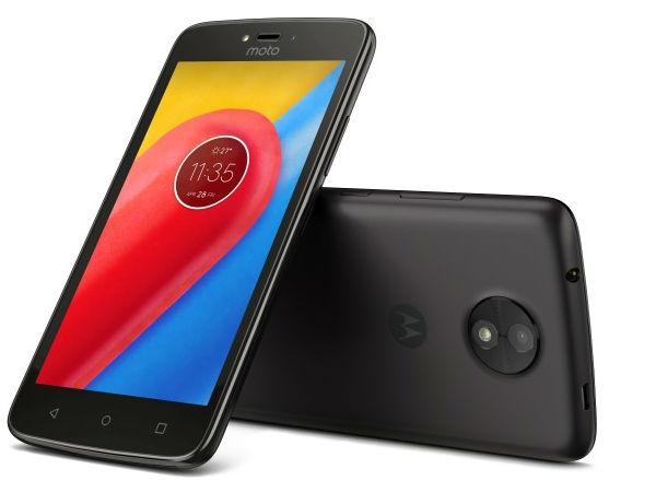 मोटो सी, मोटो सी प्लस स्मार्टफोन लॉन्च
