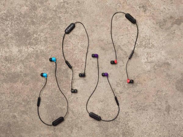 स्कलकैंडी वायरलेस हेडफोन, कीमत 2,999 रु