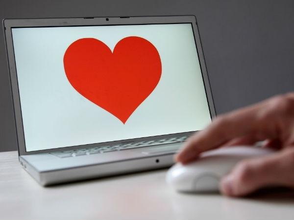 Tips:डेटिंग साइट पर अपना अकाउंट ऐसे बनाएं अट्रेक्टिव