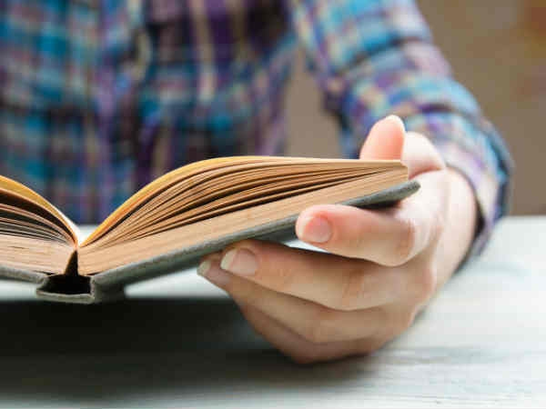 किताबें पढ़ने के हैं शौकीन, तो ये ऐप करेंगे आपकी मदद