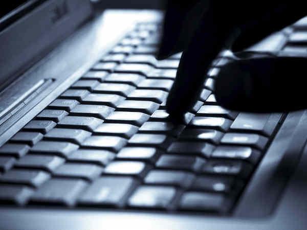 ये हैं इंटरनेट के सबसे खतरनाक सेलेब्रिटी, सर्च करना पड़ सकता है महंगा