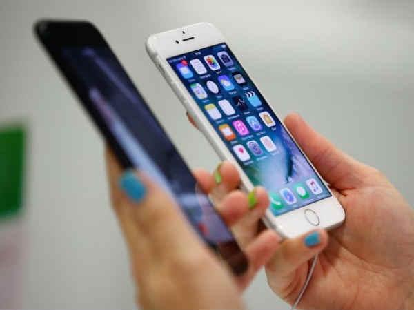 iPhone 8, 8 Plus इंडिया में लॉन्च, ऐसा रहा लोगों का रिस्पॉन्स