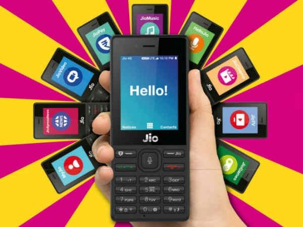 JioPhone की डिलिवरी अक्टूबर में हो सकती है शुरू
