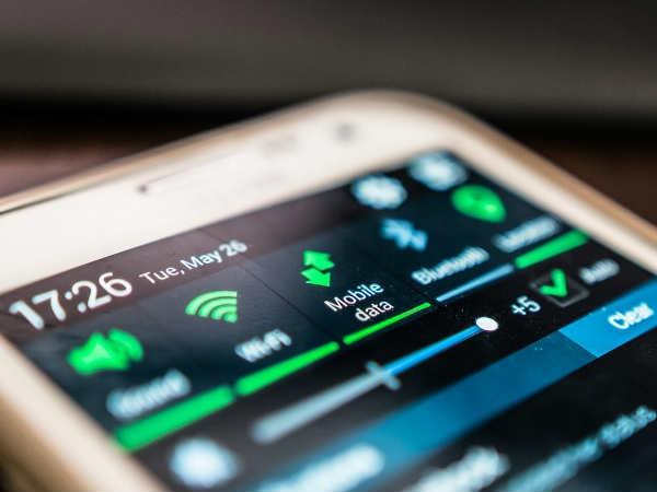 Mobile Data Saving: बेस्ट टिप्स और आसान ट्रिक्स