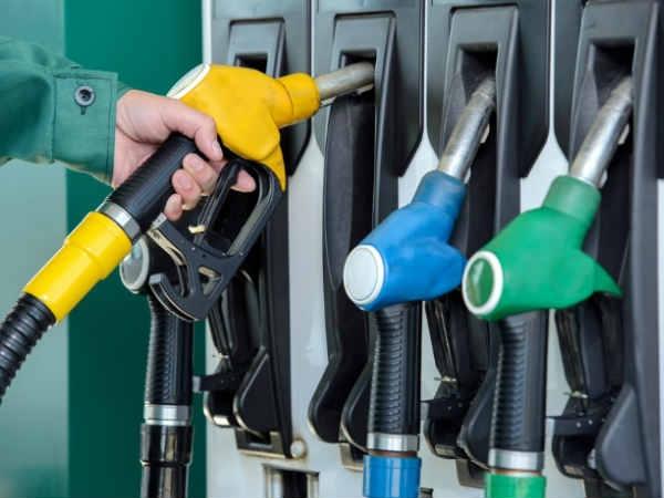 Paytm से पेट्रोल-डीजल खरीदने पर मिलेगा 50% कैशबैक