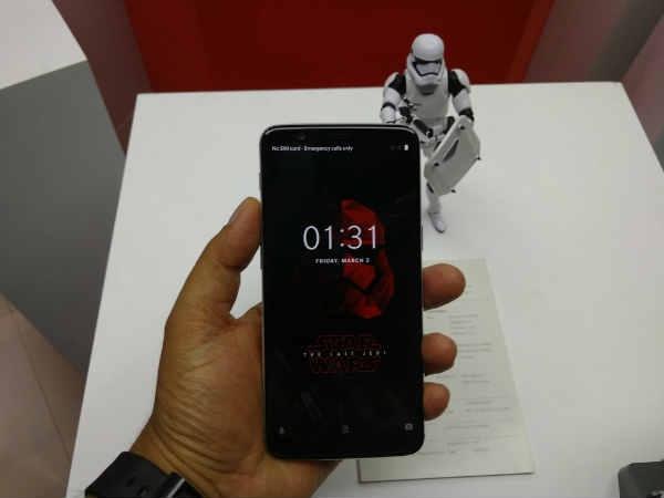 OnePlus 5T Star Wars Limited Edition भारत में लॉन्च,जानें स्पेक्स- फीचर्स और कीमत