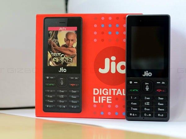 JioPhone बनाने वाली चीनी कंपनी ने डिलिवरी से किया इंकार, ये है वजह