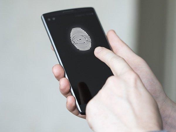 7000 रुपए से भी कम में फिंगरप्रिंट सेंसर के साथ आते हैं स्मार्टफोन